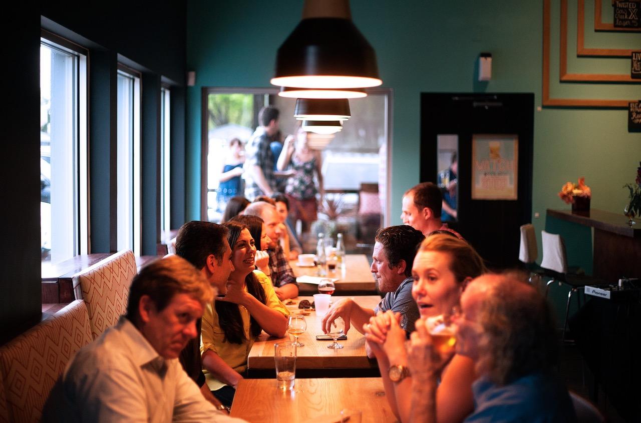 Restaurantes prohiben la entrada a niños